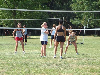 2004-9-18 Spike Volleyball LUAU 00036