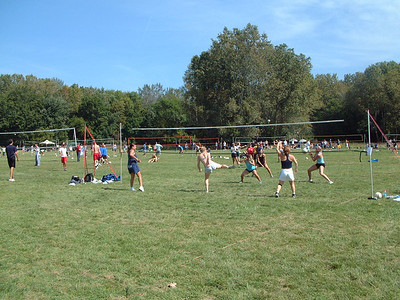 2004-9-18 Spike Volleyball LUAU 00009