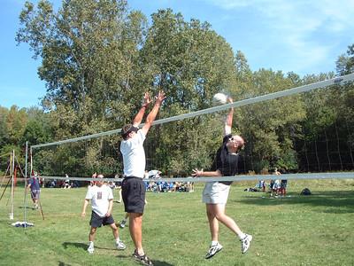 2004-9-18 Spike Volleyball LUAU 00007