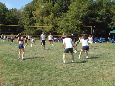 2004-9-18 Spike Volleyball LUAU 00019