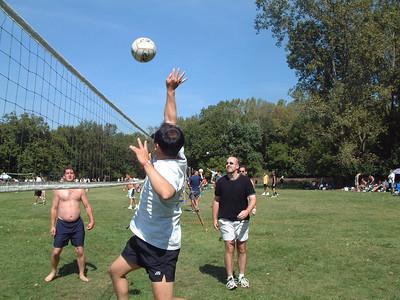 2004-9-18 Spike Volleyball LUAU 00005