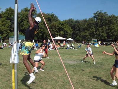 2004-9-18 Spike Volleyball LUAU 00017