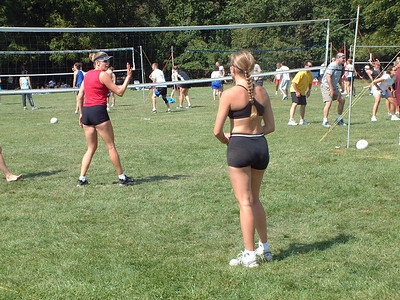 2004-9-18 Spike Volleyball LUAU 00008