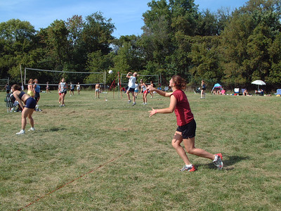 2004-9-18 Spike Volleyball LUAU 00043
