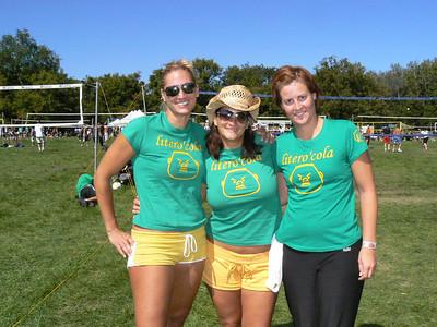 2007-9-15 Litero' cola * Spike Volleyball Luau 123 Liter O Cola Brandy Laushot , Kimberly Arndt, Rachel Logan