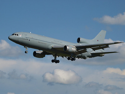 2008-7-16 Tristar ZD948 on approach to #34 around 6:30pm. Same aircraft faced engine change in early January 2009.
