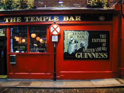 DublinTempleBar115-LR4