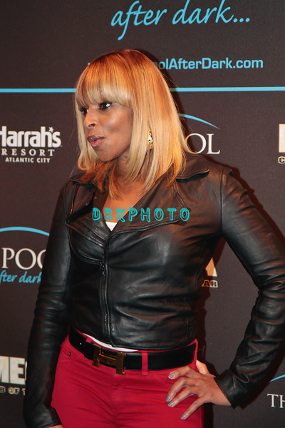 "ATLANTIC CITY, NJ - NOVEMBER 26:  Mary J. Blige attends Mary J Blige's ""My Life II... The Journey Continues Act 1"" album release party at The Pool After Dark at Harrah's Resort on November 26, 2011 in Atlantic City, New Jersey."