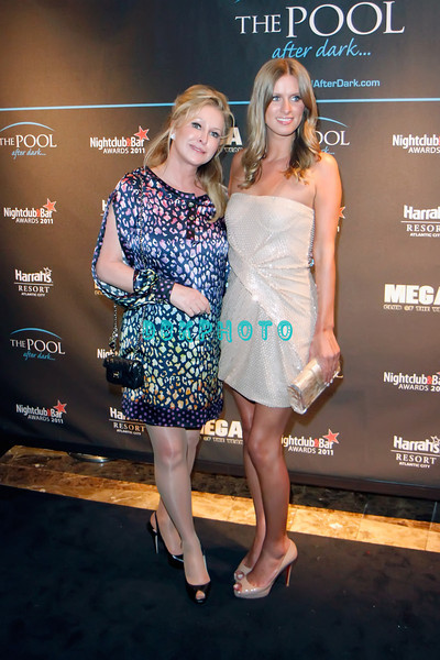 ATLANTIC CITY, NJ - JUNE 04: Nicky Hilton and mom Kathy visits The Pool at Harrah's Resort on June 4, 2011 in Atlantic City, New Jersey..