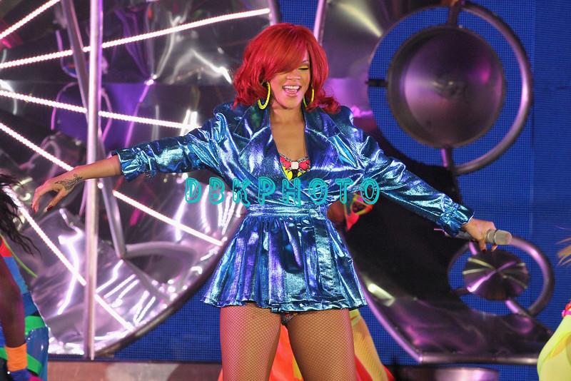 ATLANTIC CITY, NJ - JULY 17:  Rihanna performs at The Borgata Event Center on July 17, 2011 in Atlantic City, United States
