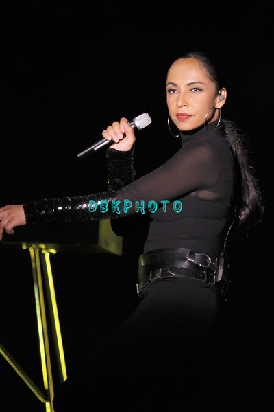 ATLANTIC CITY, NJ - JULY 02:  Sade and John Legend performs in the Arena at the Trump Taj Mahal on July 2, 2011 in Atlantic City, New Jersey.