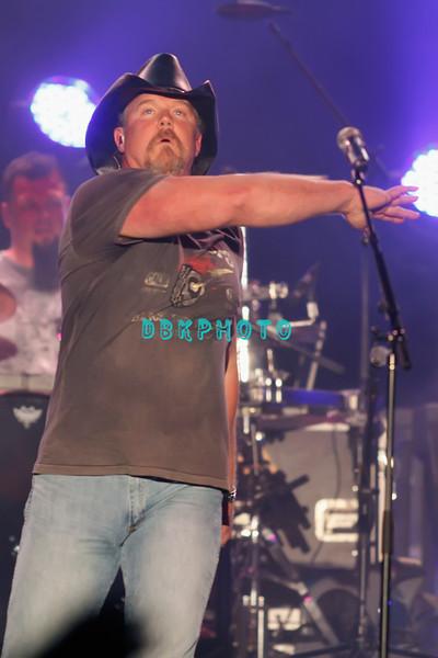ATLANTIC CITY, NJ - SEPTEMBER 02:  Trace Adkins performs at the Trump Taj Mahal on September 2, 2011 in Atlantic City, New Jersey.
