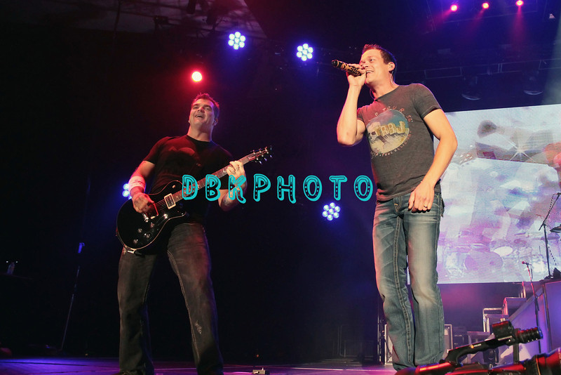 ATLANTIC CITY, NJ - MAY 26:  Chris Henderson and Brad Arnold of 3 Doors Down performs at the Trump Taj Mahal on May 26, 2012 in Atlantic City, New Jersey.