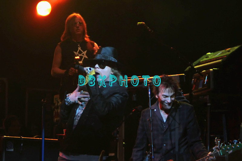 """ATLANTIC CITY, NJ - FEBRUARY 24: Axl Rose and band members of Guns N"""" Roses performs at the House of Blues on February 24, 2012 in Atlantic City, New Jersey."""