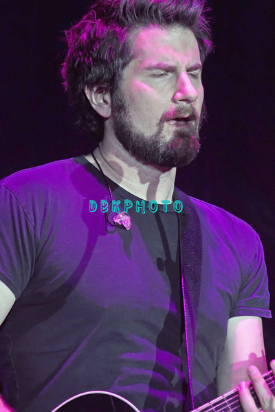 ATLANTIC CITY, NJ - JANUARY 15:  Matt Nathanson performs  at the Trump Taj Mahal on January 15, 2012 in Atlantic City, New Jersey.