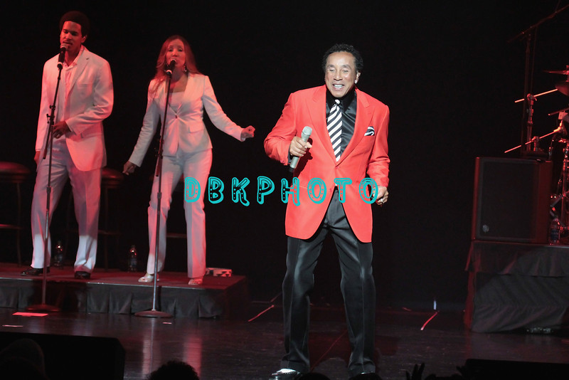 ATLANTIC CITY, NJ - APRIL 21:  Smokey Robinson and the backup singers performs at Caesars Circus Maximus Theater on April 21, 2012 in Atlantic City, New Jersey.