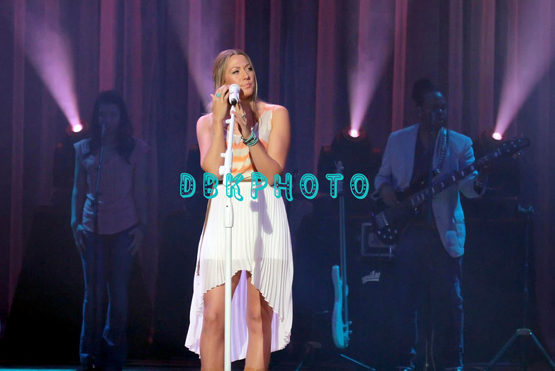 164341512DK007_Colbie_Caill