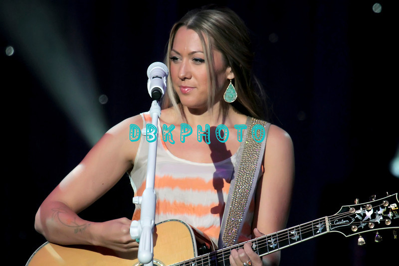 164341512DK016_Colbie_Caill