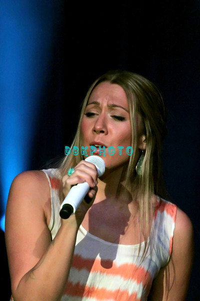 164341512DK002_Colbie_Caill