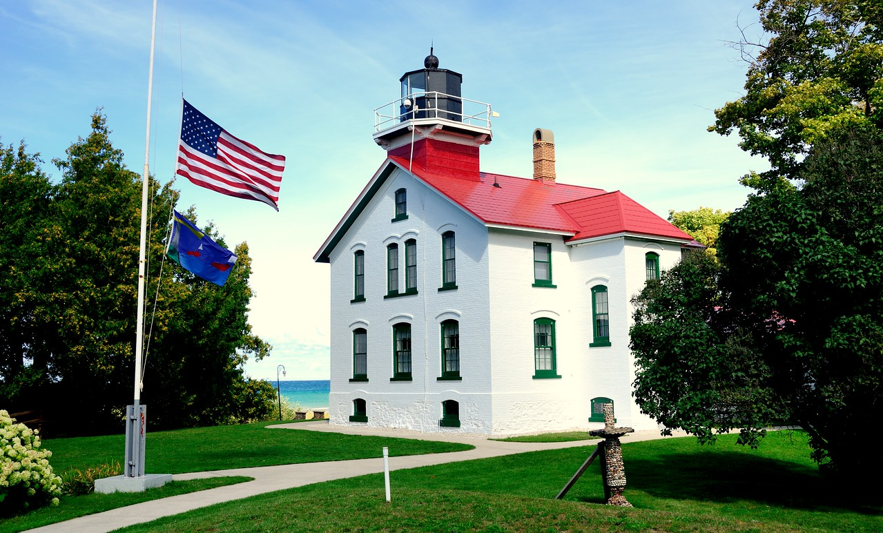 Grand Traverse  Light
