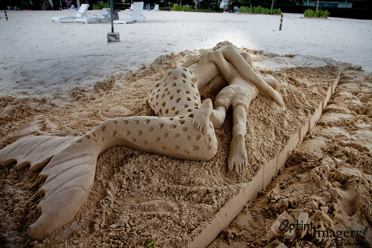 While I was wandering around the sand sculptures, I wondered why this one did not win anything.  I learned later that this was crafted by a visiting professional (from Australia, I believe) as a demonstration.