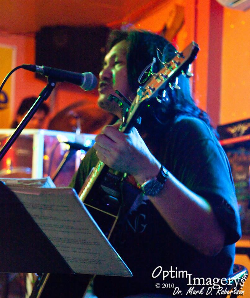 Best musical entertainer on Saipan:  Jerry Alcantara.