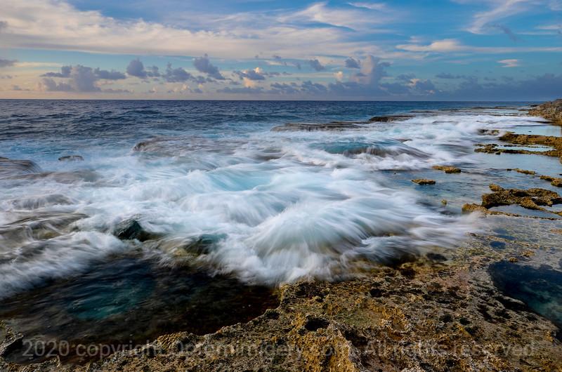 WAVES OF SABANETA