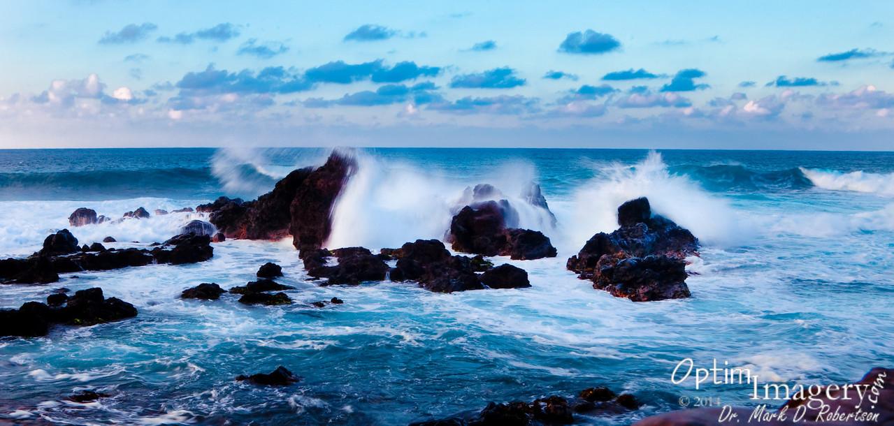 Rocks north of Hookipa Lookout.
