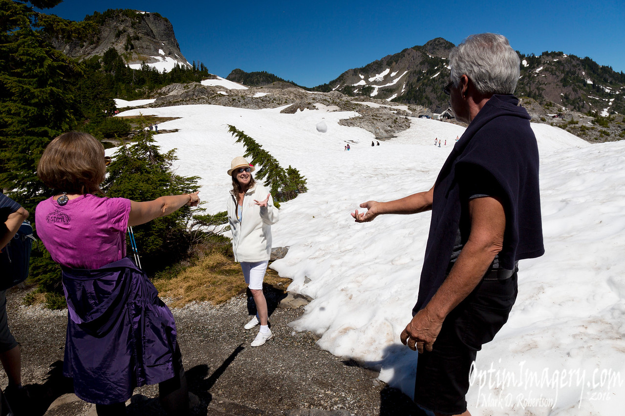 SNOWBALL FIGHT IN JULY!