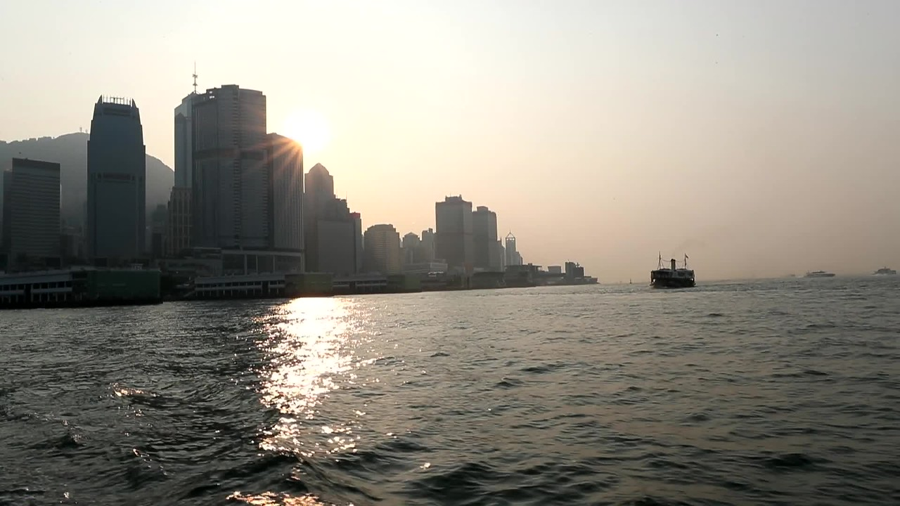 VIDEO: RETURN TO KOWLOON BY FERRY