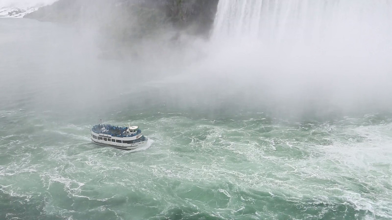 Niagra Falls has the highest flow rate of any water fall in the world, with about 4 million cubic feet per minute average and peaks as high as 6 million cubic feet per minute.
