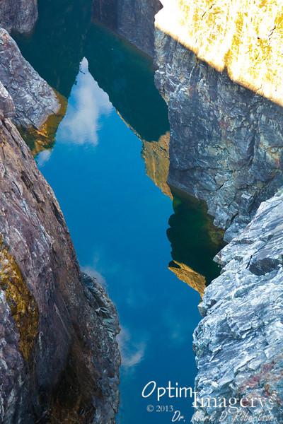 Telephoto view of the waters below Diablo.