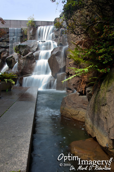 It's called Waterfall Garden Park, and it is a relaxing little oasis near downtown Seattle.  Apparently this is were, on August 28, 1907, United Parcel Service was founded.  I assume that is maintained by UPS.  Nice, relaxing place.  I had no idea it was there until this trip.  Bev had been there before and (correctly) thought I would be favorably impressed.