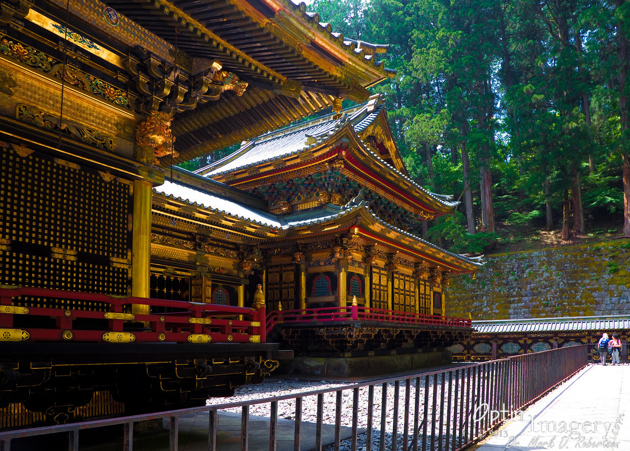 Here is the main building of the Taiyuin Mausoleum.  This was built as the final resting place of Tokugawa Iemitsu, the THIRD Tokugawa Shogun, in 1653.  Now, prior to his death, Iemitsu was responsible for building the even larger and more lavish shrine which we will visit after leaving this one:  Toshogu Shrine -- honoring Tokugawa Ieyasu (1543-1616) who, it's my understanding, was the shogun who basically first subdued pretty much all of Japan and ushered in the Edo Period.  (Iemitsu was Ieyasu's grandson)