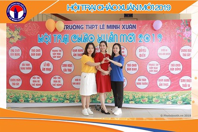 THPT-LeMinhXuan-Hoi-Trai-Chao-Xuan-Moi-instant-print-photobooth-in-Saigon--Chup-anh-in-hinh-lay-lien-tai-Binh-Chanh-TP-HCM-WefieBox-Photobooth-Vietnam-008
