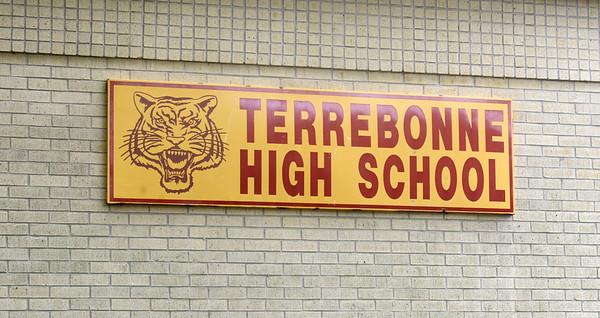 SCHOOL TOUR 5-16-15
