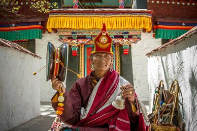 041 Monk at Luhkang Temple © Bickerstaff