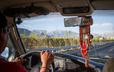 002 Tibet driver © Bickerstaff