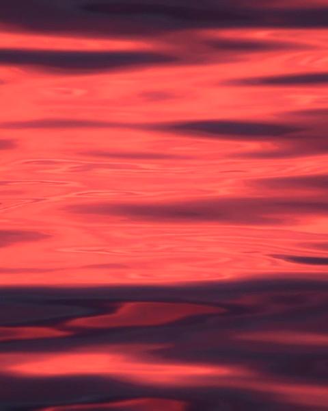 Sunrise water in slow motion