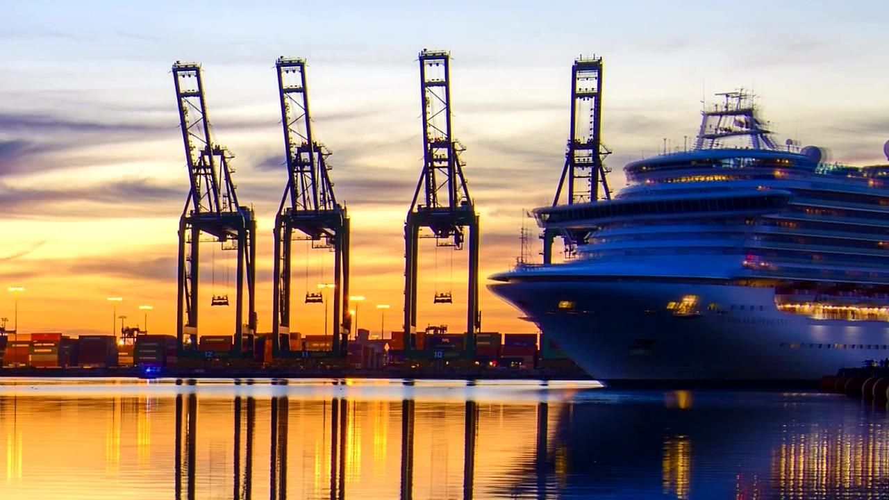 Cruise Ship docking into San Pedro, CA