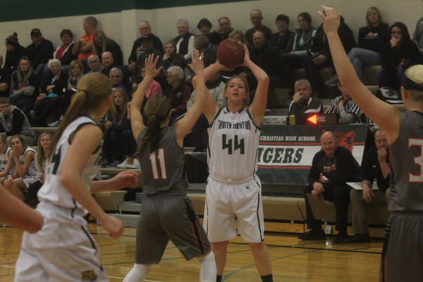TIger girls' and boys' basketball vs. Rock Valley 1-12-16