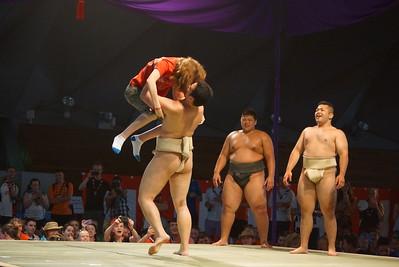 Yokohama_Osanbashi_Hall_sumo_experience_5_djp