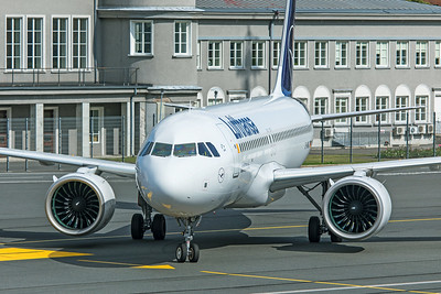 Lufthansa Airbus A320-271N D-AINQ 8-20-19