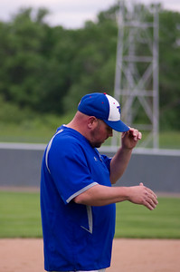 20110601_Baseball_A_Subsection_Game3_Ortonville_028-Edit