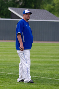20110601_Baseball_A_Subsection_Game3_Ortonville_013-Edit
