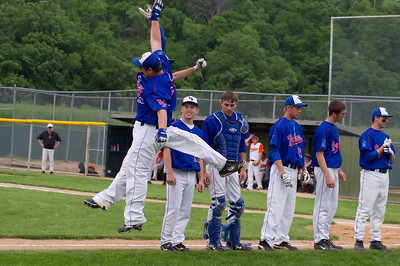 20110601_Baseball_A_Subsection_Game3_Ortonville_020-Edit