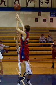 20120223_Boys_Basketball_B_Minneota_034_Noiseware4Full