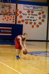 20120227_Boys_Basketball_B_Redwood_Valley_058_Noiseware4Std