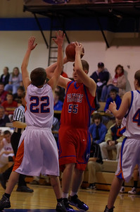 20110104_Basketball_B_Canby_033