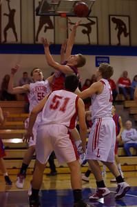 20110128_Basketball_B_Luverne_004